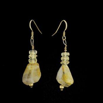Köves ásványi ékszer rutiltűs szilánk és citrin fülbevaló aranyozott ezüst beakasztóval