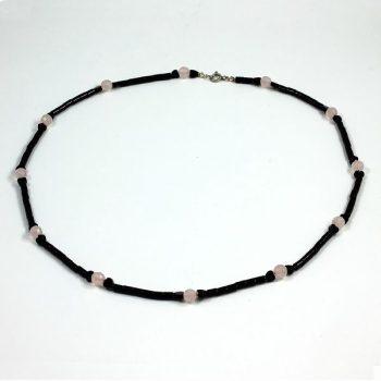 Köves ásványi ékszer onyx rózsakvarccal  hosszú nyaklánc