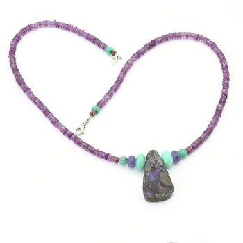 Köves ásványi ékszer ausztrál opál ametiszt krizopráz rubin tanzanit nyaklánc