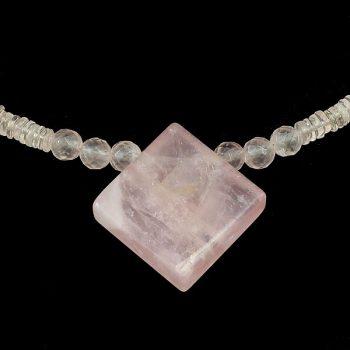köves ásványi ékszer rózsakvarc golyók nyaklánc medállal