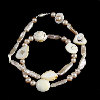köves ásványi ékszer kagylók és gyöngy nyaklánc