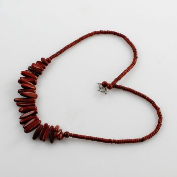 Köves ásványi ékszer vörös jáspis tüskék nyaklánc