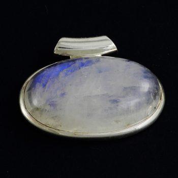 Holdkő fekvő medál