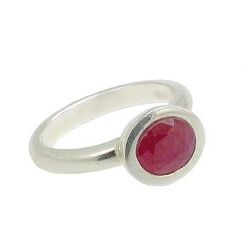 Köves ásványi ékszer rubin fazettált félgömb ezüst gyűrűben