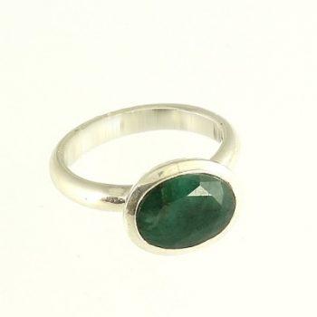 Köves ásványi ékszer smaragd fazettált félgömb ezüst gyűrűben