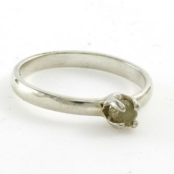 Nyers gyémánt gyűrű ezüstből