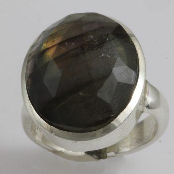 Labradorit félgömb gyűrű