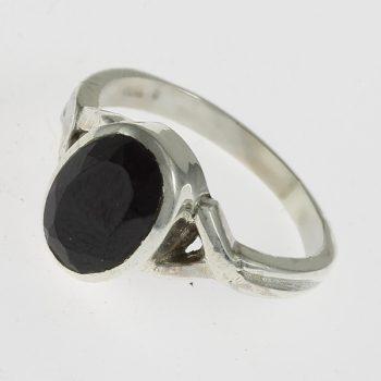 Spinell ovális gyűrű