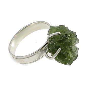 Csiszolatlan moldavit gyűrű