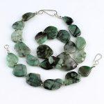 köves ásványi ékszer ásványi smaragd nyaklánc és karkötő